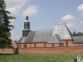 L'église et le monument aux morts - Contributeur : G. Destré