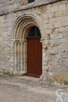 Entrée de l'église - Contributeur : Maryse Trannois