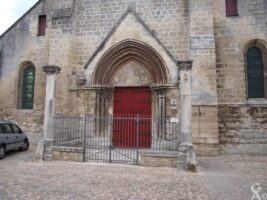 Entrée de l'église - Contributeur : S.Linéatte