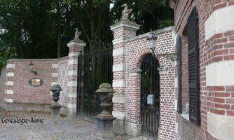 Entrée du château - Contributeur : J.P. Brazier