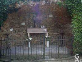 la grotte de la Vierge (détail) - Contributeur : M. Trannois
