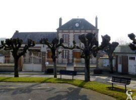 Mairie et ancienne école - Contributeur : Danièle Oudin
