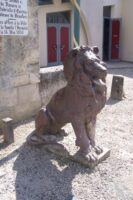 Lion devant le parc - Contributeur : Sébastien Sartori