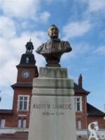 Andrew Carnegie (Dunfermline (Écosse) 25 novembre 1835 - 11 août 1919) fut un industriel et philanthrope britannique naturalisé américain.   - Contributeur : Sébastien Sartori