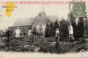 Rebâtie au XVIIe siècle - La Chapelle de la Vierge remonte au XIIe siècle - Les deux bas-côtés ont été construits l'un en 1860, l'autre en 1875  Photo : Carte postale : N.Gilbert    - Contributeur : Photo : Carte postale : N.Gilbert