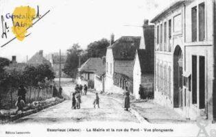 la Mairie et la rue du Pavé - Contributeur : Guy Gilkin