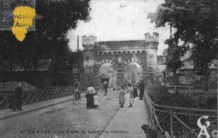 La Porte de Laon (vue extérieure) - Contributeur : Guy Gilkin