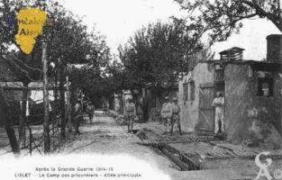Après la Grande Guerre 1914-1918 - Le camp des prisonniers - Allée principale. - Contributeur : Guy Gilkin