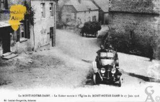 Le Kaiser monte à l'Église du  Mont-Notre-Dame le 17Juin 1918. - Contributeur : Guy Gilkin