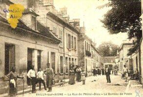Rue de l'Hôtel-Dieu et Bureau de poste - Contributeur : F.Gérard - C.G.P.T.T