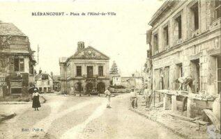 Place de l'hôtel de ville - Contributeur : Françoise Portaz