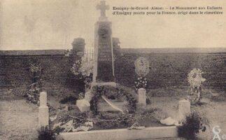Le monument aux morts du cimetière - Contributeur : T.Martin