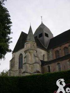L'église fortifiée-Photo : Natty