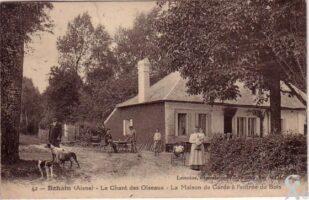 Maison de garde à l'entrée du bois- R.Hourdry