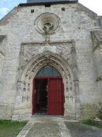 L'entrée de l'église -N.Pryjmak