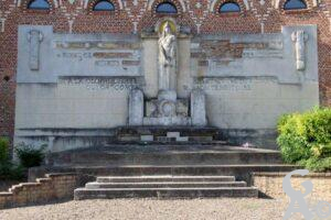 Ancien Monument aux Morts