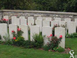 Cimetière Communal carré Militaire  Britannique