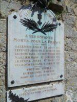 Plaque commémorative de l'église de Branges