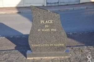 Stèle Commémorative du Cessez-le-Feu en Algérie