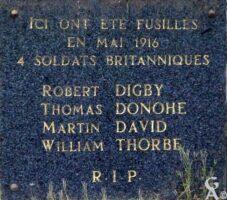 Plaque Commémorative des Fusillés Britanniques