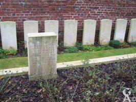 Des tombes et un ossuaire