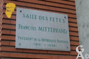 Plaque - Salle des fêtes François Mittérand