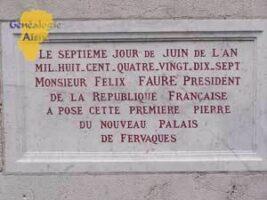 Plaque Palais de Fervaques