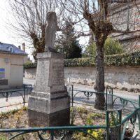 Monument du Dr Ernest GANAULT- N.Harant