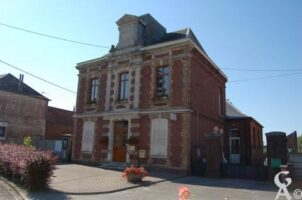Mairie - Ecole - Contributeur : Maryse Trannois