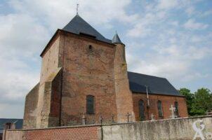 L'église fortifiée - Contributeur : Maryse Trannois