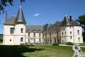 le Château des princes de Condé.  - Contributeur : Sébastien Sartori