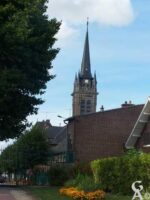 L'église vue du parc des jardins de l'ancienne abbaye - Contributeur : S. Sartori