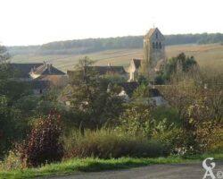 vue du village et de l'église - Contributeur : Christiane Leroux