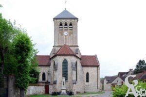 L'église et le monument aux morts - Contributeur : M. Sance