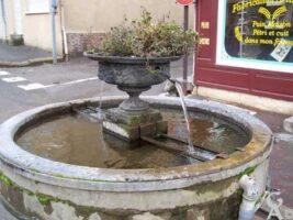 Fontaine - Contributeur : S. Sartori