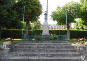 Le monument aux morts  - Contributeur : T.Martin