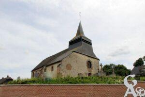 L'église vue de la place - Contributeur : A.Demolder