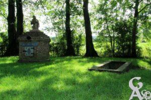 La fontaine de Saint-Algis - Contributeur : A.Demolder