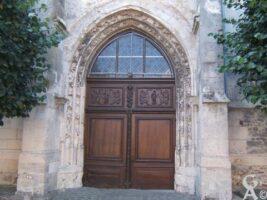 Porte de l'Église, détails de sculpture - Contributeur : Olivier Dufour
