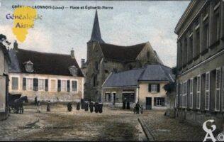 Place et Eglise Saint-Pierre - Contributeur : Vivianne Courtin