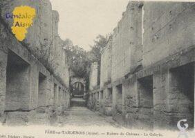 Ruines du château, la galerie. - Contributeur : Stéphanie Peyrichou.