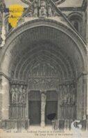 le grand portail de la Cathédrale. - Contributeur : Stéphanie Peyrichou.