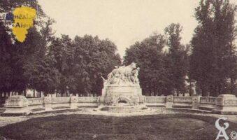 monument de Vaison, dit la vache. - Contributeur : Guy Gilkin