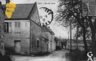 Acy, près de Soissons - Rue du Bourg - Contributeur : Guy Gilkin