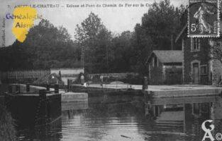 Ecluse et Pont du Chemin de fer sur le Canal. - Contributeur : Guy Gilkin
