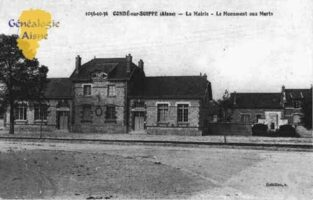 La Mairie - Le Monument aux Morts - Contributeur : Guy Gilkin