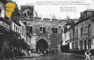 la Porte de Laon - Vue intèrieure - Cette porte est surmontée d'une Salle éclairée, du côté de la Ville, par des fenêtres carrées.  - Contributeur : Guy Gilkin