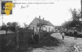 Entrée du village sur la route de Colligis - Contributeur : Guy Gilkin