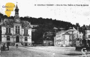 Hôtel de Ville, Théatre et Place du marché - Contributeur : Guy Gilkin