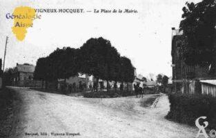 La Place et la Mairie - Contributeur : Guy Gilkin